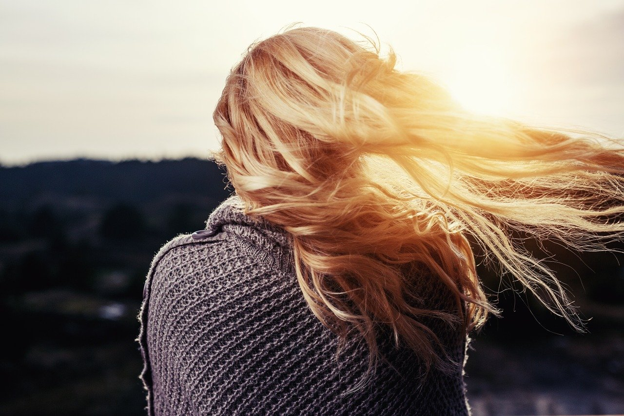 Dwa kroki, które dzielą cię od pięknych włosów